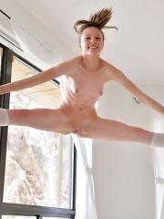 Audrey Former Cheerleader